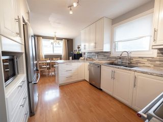 Photo 10: 12026 38 Street in Edmonton: Zone 23 House for sale : MLS®# E4155557