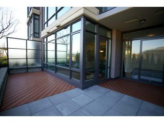 """Photo 10: 303 2789 SHAUGHNESSY Street in Port Coquitlam: Central Pt Coquitlam Condo for sale in """"THE SHAUGHNESSY"""" : MLS®# R2367927"""