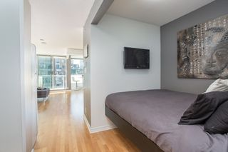 "Photo 7: 1103 550 TAYLOR Street in Vancouver: Downtown VW Condo for sale in ""The Taylor"" (Vancouver West)  : MLS®# R2369050"