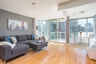 "Main Photo: 1103 550 TAYLOR Street in Vancouver: Downtown VW Condo for sale in ""The Taylor"" (Vancouver West)  : MLS®# R2369050"