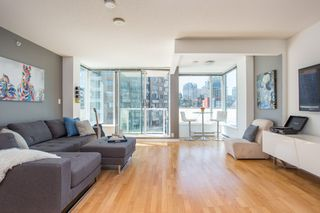 "Photo 4: 1103 550 TAYLOR Street in Vancouver: Downtown VW Condo for sale in ""The Taylor"" (Vancouver West)  : MLS®# R2369050"