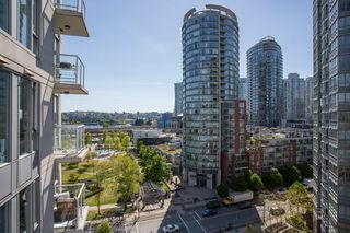 "Photo 11: 1103 550 TAYLOR Street in Vancouver: Downtown VW Condo for sale in ""The Taylor"" (Vancouver West)  : MLS®# R2369050"