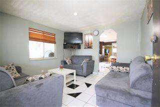 Photo 4: 13262 - 13264 80 Avenue in Surrey: West Newton House Duplex for sale : MLS®# R2372216