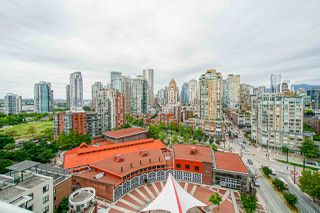 "Photo 2: 1801 1201 MARINASIDE Crescent in Vancouver: Yaletown Condo for sale in ""The Peninsula"" (Vancouver West)  : MLS®# R2373900"
