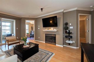 "Main Photo: 104 108 W ESPLANADE in North Vancouver: Lower Lonsdale Condo for sale in ""TRADEWINDS"" : MLS®# R2381058"