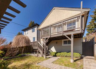 Photo 19: 176 W KINGS Road in North Vancouver: Upper Lonsdale House for sale : MLS®# R2381897