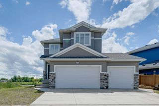 Photo 2: 127 Houle Drive: Morinville House for sale : MLS®# E4164333