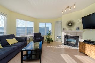 "Photo 6: 213 5759 GLOVER Road in Langley: Langley City Condo for sale in ""College Court"" : MLS®# R2415792"