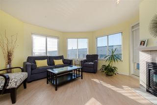"Photo 5: 213 5759 GLOVER Road in Langley: Langley City Condo for sale in ""College Court"" : MLS®# R2415792"