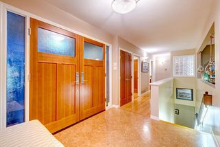 """Photo 16: 630 SYDNEY Avenue in Coquitlam: Coquitlam West House for sale in """"WEST COQUITLAM"""" : MLS®# R2433457"""