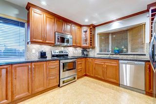 """Photo 5: 630 SYDNEY Avenue in Coquitlam: Coquitlam West House for sale in """"WEST COQUITLAM"""" : MLS®# R2433457"""