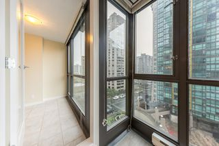"Photo 4: 806 1331 ALBERNI Street in Vancouver: West End VW Condo for sale in ""THE LIONS"" (Vancouver West)  : MLS®# R2434955"