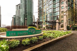 "Photo 2: 806 1331 ALBERNI Street in Vancouver: West End VW Condo for sale in ""THE LIONS"" (Vancouver West)  : MLS®# R2434955"