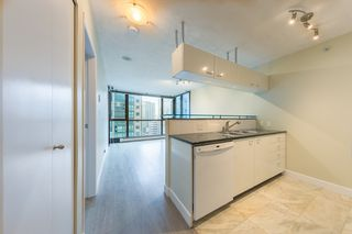 "Photo 5: 806 1331 ALBERNI Street in Vancouver: West End VW Condo for sale in ""THE LIONS"" (Vancouver West)  : MLS®# R2434955"