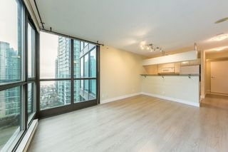 "Photo 3: 806 1331 ALBERNI Street in Vancouver: West End VW Condo for sale in ""THE LIONS"" (Vancouver West)  : MLS®# R2434955"