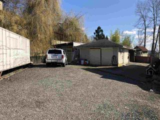 Photo 2: 6384 THORNE Avenue in Burnaby: Big Bend House for sale (Burnaby South)  : MLS®# R2443876