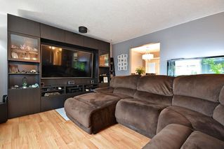 Photo 4: 32207 14TH Avenue in Mission: Mission BC House for sale : MLS®# R2445980