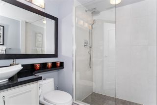 """Photo 17: 37 2242 FOLKESTONE Way in West Vancouver: Panorama Village Townhouse for sale in """"Panorama Gradens"""" : MLS®# R2448018"""
