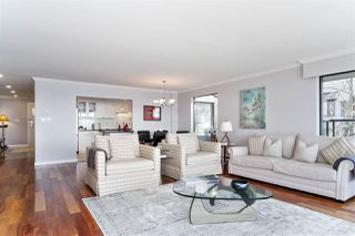 """Photo 4: 37 2242 FOLKESTONE Way in West Vancouver: Panorama Village Townhouse for sale in """"Panorama Gradens"""" : MLS®# R2448018"""