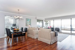 """Photo 3: 37 2242 FOLKESTONE Way in West Vancouver: Panorama Village Townhouse for sale in """"Panorama Gradens"""" : MLS®# R2448018"""