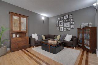 Photo 4: #2 424 9 AV NE in Calgary: Renfrew House for sale : MLS®# C4293883