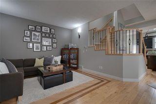 Photo 2: #2 424 9 AV NE in Calgary: Renfrew House for sale : MLS®# C4293883