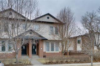 Photo 1: #2 424 9 AV NE in Calgary: Renfrew House for sale : MLS®# C4293883