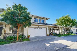 """Photo 1: 39 15188 62A Avenue in Surrey: Sullivan Station Townhouse for sale in """"Gillis Walk"""" : MLS®# R2503330"""