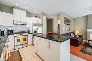 """Photo 10: 39 15188 62A Avenue in Surrey: Sullivan Station Townhouse for sale in """"Gillis Walk"""" : MLS®# R2503330"""