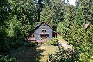 Main Photo: 3164 BEACH Avenue: Roberts Creek House for sale (Sunshine Coast)  : MLS®# R2509366