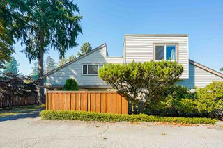 """Photo 2: 5 3397 HASTINGS Street in Port Coquitlam: Woodland Acres PQ Townhouse for sale in """"MAPLE CREEK"""" : MLS®# R2512704"""