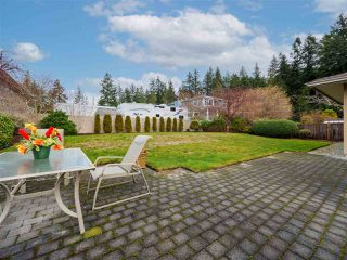 "Photo 29: 5138 RIDGEVIEW Drive in Sechelt: Sechelt District House for sale in ""Davis Bay"" (Sunshine Coast)  : MLS®# R2527271"