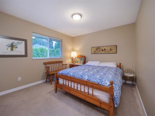 "Photo 18: 5138 RIDGEVIEW Drive in Sechelt: Sechelt District House for sale in ""Davis Bay"" (Sunshine Coast)  : MLS®# R2527271"