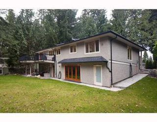 Photo 10: 575 ELSTREE PL in North Vancouver: House for sale (Delbrook)  : MLS®# V805316