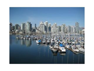 "Photo 3: 813 SAWCUT in Vancouver: False Creek Townhouse for sale in ""HEATHER POINT"" (Vancouver West)  : MLS®# V874888"