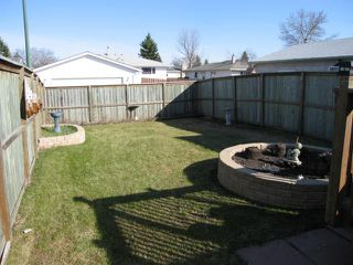 Photo 2: 907 BEAVERHILL Boulevard in WINNIPEG: Windsor Park / Southdale / Island Lakes Residential for sale (South East Winnipeg)  : MLS®# 1107874