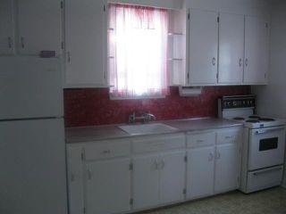 Photo 3: 314 Moorgate Street in WINNIPEG: St James Residential for sale (West Winnipeg)  : MLS®# 1118473