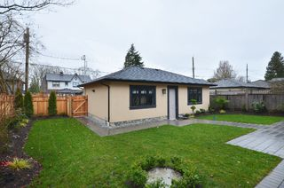 Photo 12: 3538 42ND West Avenue in Vancouver: Southlands House for sale (Vancouver West)  : MLS®# V987261