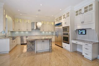 Photo 5: 3538 42ND West Avenue in Vancouver: Southlands House for sale (Vancouver West)  : MLS®# V987261