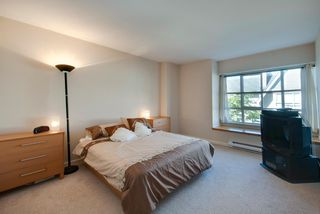 Photo 9: # 54 6588 SOUTHOAKS CR in Burnaby: Highgate Condo for sale (Burnaby South)  : MLS®# V1023001