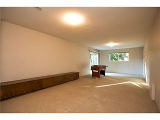 Photo 12: 5475 CORTEZ Crescent in North Vancouver: Canyon Heights NV House for sale : MLS®# V1032093