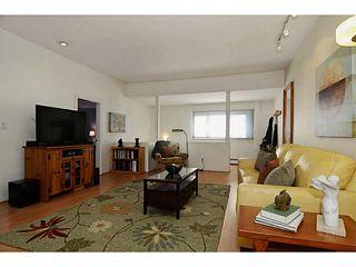 "Photo 4: 435 E 23RD Avenue in Vancouver: Fraser VE House for sale in ""MAIN STREET CORRIDOR"" (Vancouver East)  : MLS®# V1043103"