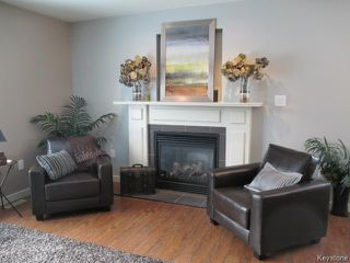 Photo 3: 4 Kerr Avenue in DAUPHIN: Manitoba Other Residential for sale : MLS®# 1402826