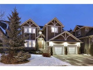 Main Photo: 11 DISCOVERY RIDGE Cove SW in Calgary: Discovery Ridge Residential Detached Single Family for sale : MLS®# C3650558