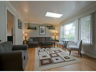 Photo 2: 15820 ROPER Avenue: White Rock House for sale (South Surrey White Rock)  : MLS®# F1431370