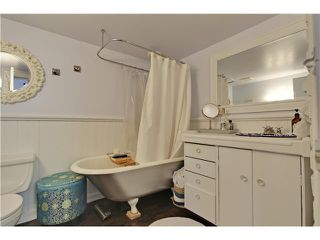 Photo 9: 2833 29 Street SW in Calgary: Killarney_Glengarry House for sale : MLS®# C3656073