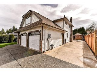 "Photo 2: 15498 91A Street in Surrey: Fleetwood Tynehead House for sale in ""BERKSHIRE PARK area"" : MLS®# F1435240"