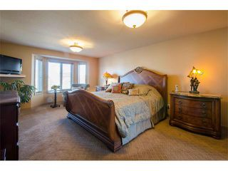 Photo 16: 21 STRATHRIDGE Way SW in Calgary: Strathcona Park House for sale : MLS®# C4000234