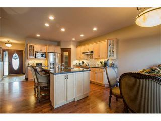 Photo 6: 21 STRATHRIDGE Way SW in Calgary: Strathcona Park House for sale : MLS®# C4000234