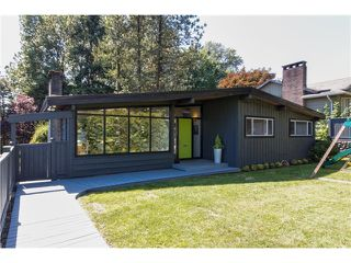 "Main Photo: 722 CUMBERLAND Street in New Westminster: The Heights NW House for sale in ""THE HEIGHTS"" : MLS®# V1123630"
